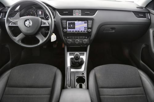 SKODA Octavia COMBI ELEGANCE 1.6 CRTDI + GPS + AIRCO + CRUISE + PDC + ALU 17