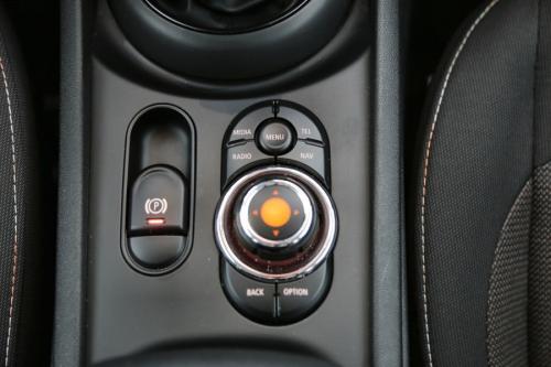 MINI Cooper D Clubman 2.0d + GPS + AIRCO + CRUISE + PDC + ALU 16