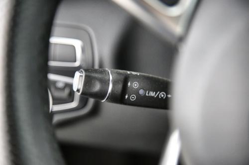 MERCEDES-BENZ C 200 CDI SPORTLINE + GPS + LEDER + LED + PDC + ALU