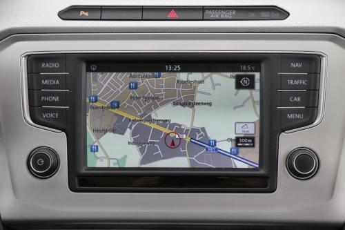 VOLKSWAGEN Passat Variant 2.0 TDI Comfortline + GPS + AIRCO + CRUISE + PDC + ALU 16