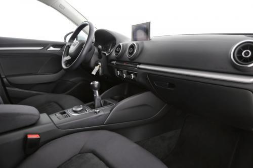 AUDI A3 Attraction BERLINE  1.6 TDI Ultra + GPS + AIRCO + PDC + ALU 16 + XENON