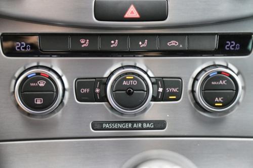 VOLKSWAGEN Passat CC 2.0 TDI BMT + GPS + AIRCO + CRUISE + PDC + ALU 18 + XENON