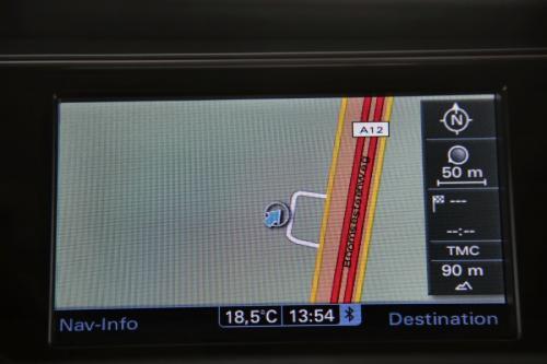 AUDI A4  AVANT Ultra  2.0 TDI + GPS + LEDER + AIRCO + CRUISE + PDC + ALU 16 + XENON