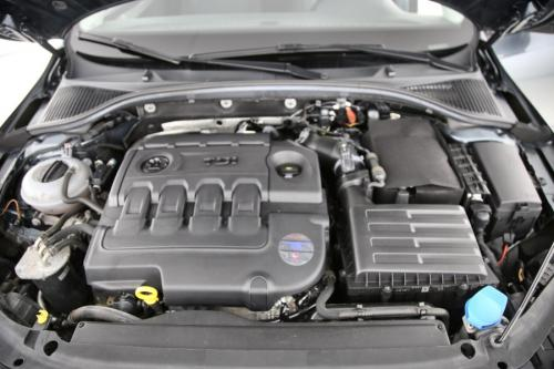 SKODA Octavia Combi 1.6 CRDI Greentec Ambition + GPS + AIRCO + CRUISE + PDC + ALU 16 + TREKHAAK