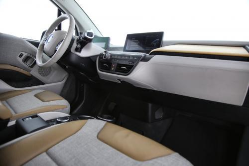 BMW i3 ADVANCED + GPS + CAMERA + PDC + PANO DAK