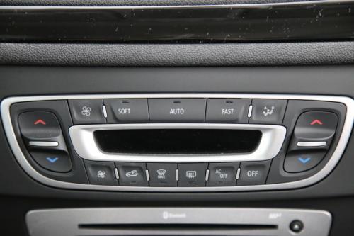 RENAULT Megane Grandtour Bose Edition 1.5 DCI + GPS + AIRCO + CRUISE + PDC + ALU 17
