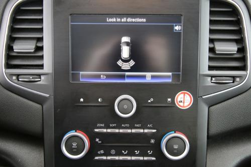 RENAULT Megane Corporate Edition 1.5 dci + GPS + AIRCO + CRUISE + PDC + ALU 16 + XENON