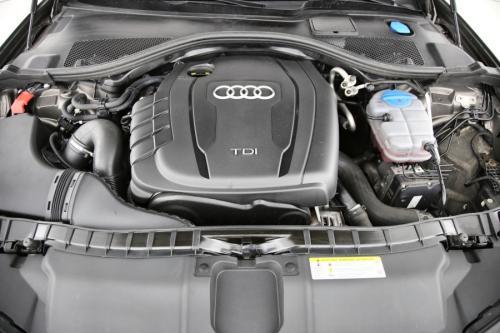 AUDI A6 Avant 2.0 TDI + GPS + LEDER + CRUISE + PDC + CAMERA + ALU 17 + XENON + TREKHAAK