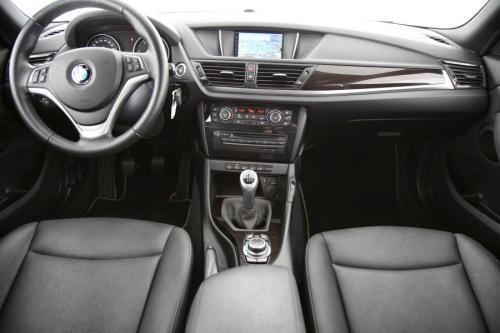 BMW X1 xDrive d + GPS + LEDER + AIRCO + CRUISE + PDC + ALU 18