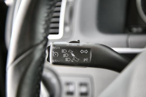 VOLKSWAGEN Touran Highline BMT 1.6 TDI + GPS + LEDER + AIRCO + CRUISE + PDC + TREKHAAK + XENON +7 PL.