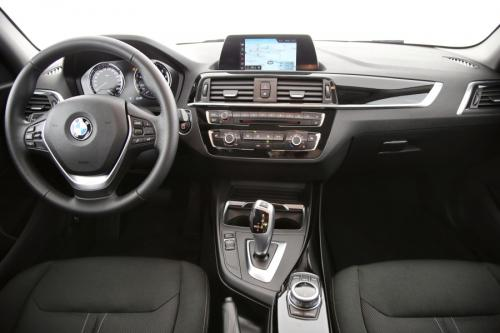 BMW 118 iA + GPS + LED + CRUISE + PDC