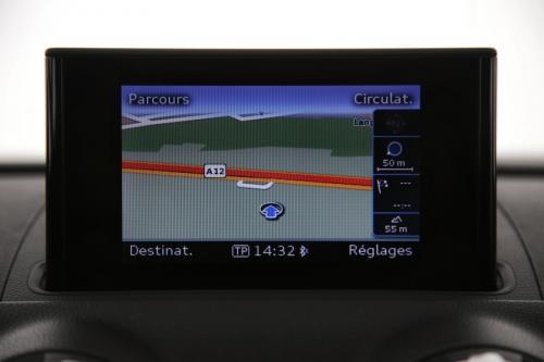 AUDI A3 Berline Ambiente  1.6 TDI + GPS + AIRCO + CRUISE + PDC + ALU 16 + XENON