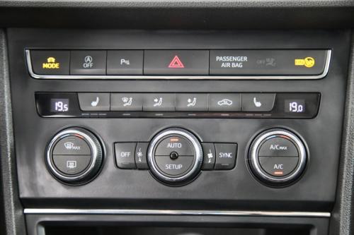 SEAT Leon ST 2.0 CRTDI DSG FR + GPS + LEDER + AIRCO + CRUISE + PDC + ALU 18