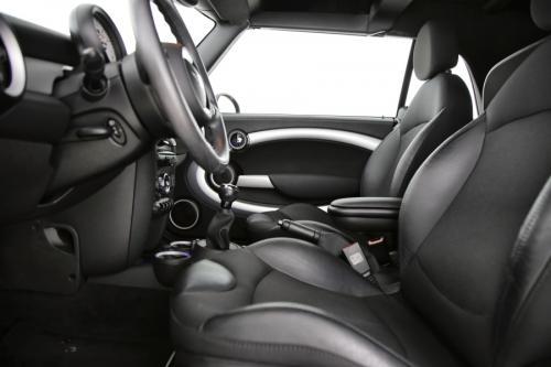 MINI Cooper D Cabrio SD  2.0d + GPS + AIRCO + CRUISE + PDC + ALU 16