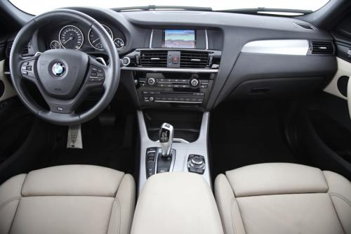 BMW X4 xDRIVE StepTronic + GPS + LEDER + AIRCO + CRUISE + PDC + CAMERA + ALU 18 + XENON