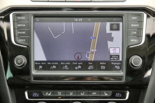VOLKSWAGEN Passat Highline 1.6 TDI + GPS + AIRCO + CRUISE + PDC + CAMERA + ALU 17