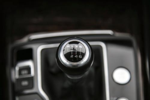 AUDI A6 Avant Ultra 2.0 TDI + GPS + LEDER + CRUISE + PDC + CAMERA + ALU 16 + XENON