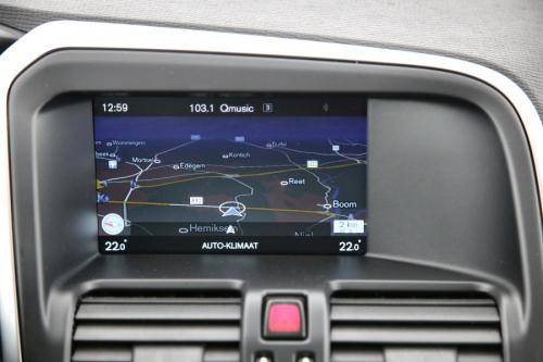 VOLVO XC60 Momentum 2.0D3 + GPS + AIRCO + CRUISE + PDC + ALU 17