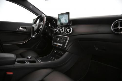 MERCEDES-BENZ GLA 200 Style  iA + GPS + LEDER + AIRCO + CRUISE + PDC + CAMERA + ALU 17