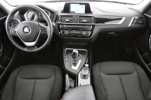 BMW 118 i Hatch | Automatic | Navigation | PDC | LED | Heated Seats | Repair Inclusive 3/200