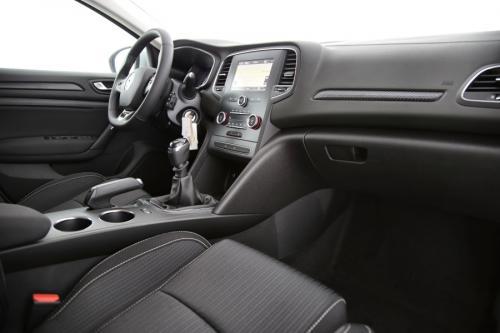 RENAULT Megane Grandtour 1.3 TCE 140 BUSINESS EDITION + GPS + LED + PDC