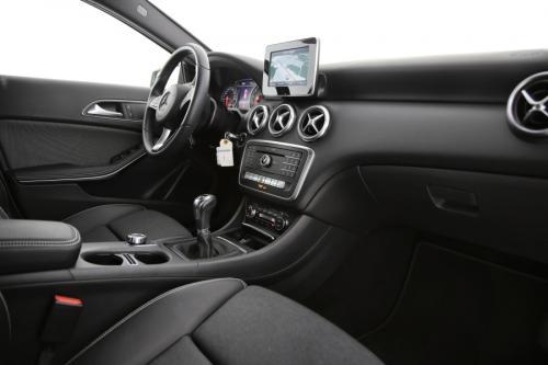 MERCEDES-BENZ A 180 Style i + GPS +  AIRCO + CRUISE + PDC + CAMERA +  ALU 16 + XENON