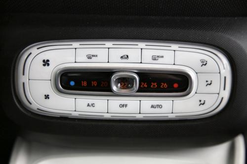 SMART forTwo Coupe Passion plus 0.9i + GPS + AIRCO + CRUISE + ALU