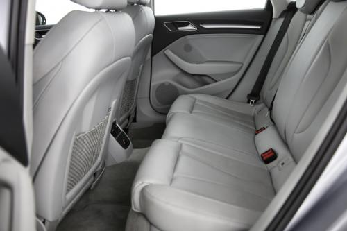 AUDI A3 Attraction 1.6 TDI S-Tronic + GPS + LEDER + AIRCO + PDC + ALU 16 + XENON