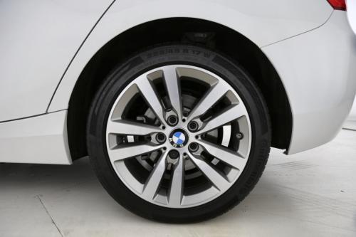 BMW 118 118 iA  HATCH + GPS + AIRCO AUTO + PDC + ALU VELG