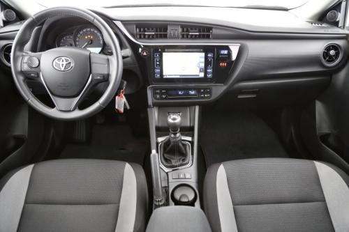 TOYOTA Auris Business 1.4D-4D + GPS + AIRCO + PDC + ALU