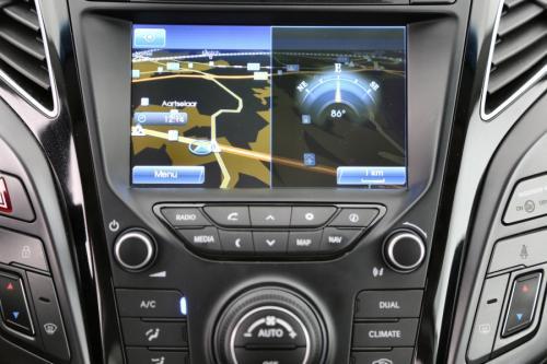 HYUNDAI i40 1.7D + GPS + LEDER + CAMERA + PDC + ALU 17+ TREKHAAK