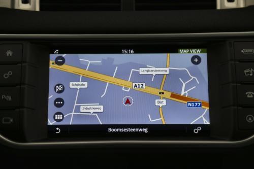 LAND ROVER Range Rover Evoque 2.0 td4 4WD SE + GPS + LEDER + AIRCO + CRUISE + PDC + PANO DAK + CAMERA + ALU 18