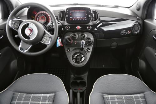 FIAT 500C 1.2 LOUNGE + APPLE CARPLAY + AIRCO + PDC + ALU 15