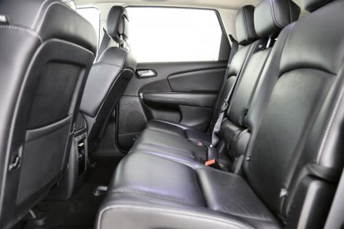 FIAT Freemont Lounge 2.0 MultiJet + A/T + GPS + LEDER + AIRCO + CRUISE + PDC + CAMERA + ALU 19 + 7 PL.