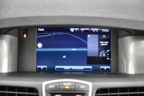 RENAULT Laguna GrandTour 1.5 dci Emotion + GPS + AIRCO + CRUISE + PDC + ALU 17 + TREKHAAK