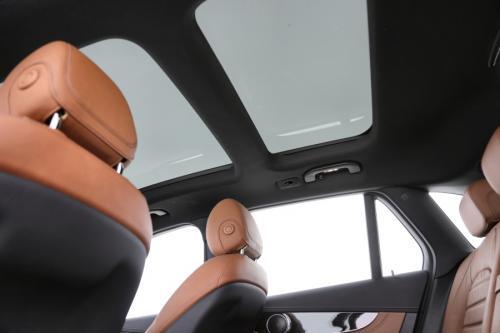 MERCEDES-BENZ GLC 250i  4MATIC + LEDER + GPS + PANO DAK + ELEC. TREKHAAK + PDC + CAMERA