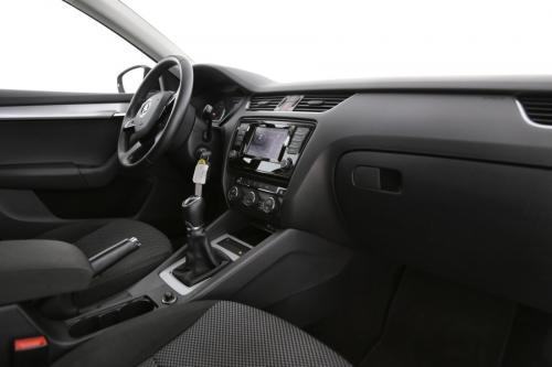 SKODA Octavia Combi 1.6 CRTDI GreenTec Ambition + GPS + AIRCO + CRUISE + PDC + ALU 16