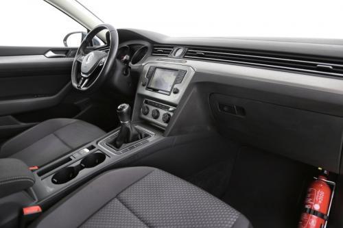VOLKSWAGEN Passat Variant TrendLine 1.6 TDI BlueMotion  + GPS + AIRCO + CRUISE + PDC