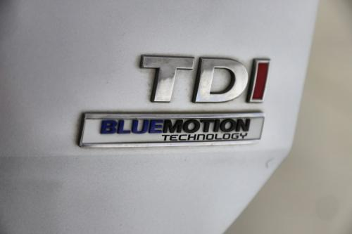 VOLKSWAGEN Golf TrendLine 1.6 CRTDI BlueMotion + GPS + AIRCO + CRUISE + PDC