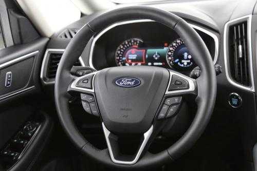FORD Galaxy Business Edition 2.0 TDCI + GPS + AIRCO + CRUISE + PDC + ALU 17 + TREKHAAK + 7 PL.