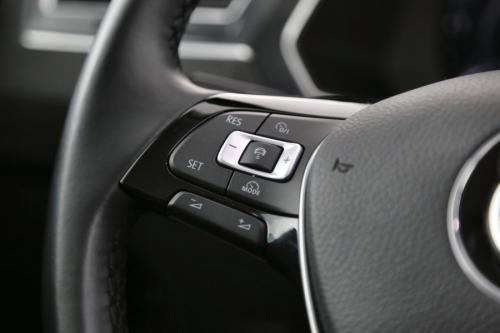 VOLKSWAGEN Tiguan 2.0 TDI SCR  DSG 4Motion R-Line  + GPS + LEDER + CRUISE + PDC + CAMERA + PANO DAK + ALU 19