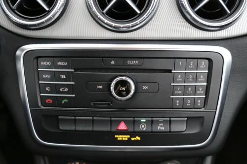 MERCEDES-BENZ CLA 180 Shooting Brake d + GPS + AIRCO + PDC  ALU 18