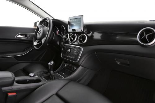 MERCEDES-BENZ CLA 180 BlueEfficiency Edition i + GPS + LEDER + CAMERA + CRUISE + PDC