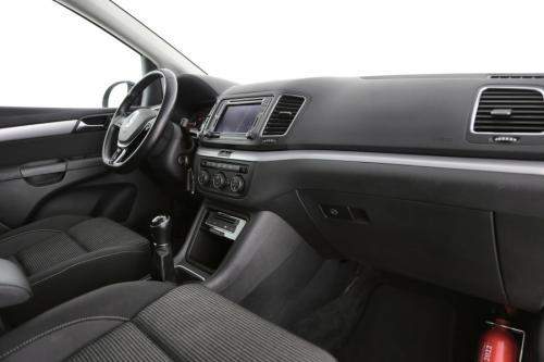 VOLKSWAGEN Sharan Comfortline 2.0 TDI BMT + 7 PL + GPS + PDC + CRUISE + ALU 16