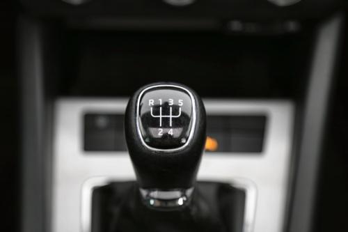 SKODA Octavia Combi 1.6 CRDI Ambinte GreeenTec + GPS + PDC + PANO DAK + CRUISE + ALU 16
