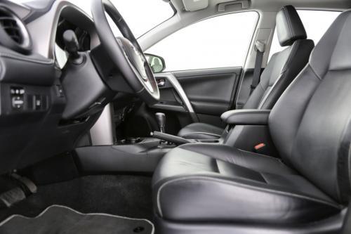 TOYOTA RAV4 2.5 HYBRID AWD e-CVT LOUNGE + PANO DAK + LEDER + GPS + CAMERA + PDC