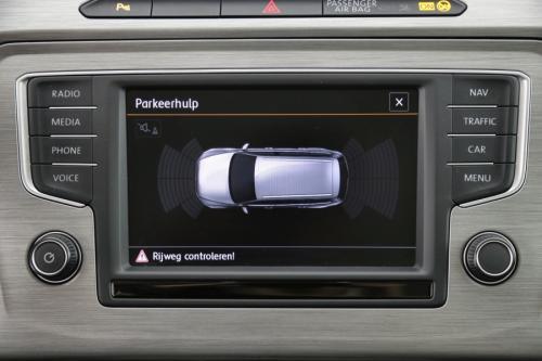 VOLKSWAGEN Passat Variant TrendLine 1.6 TDI + GPS + CRUISE + PDC