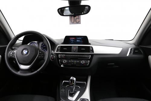 BMW 118 BMW 118iA + GPS + PDC