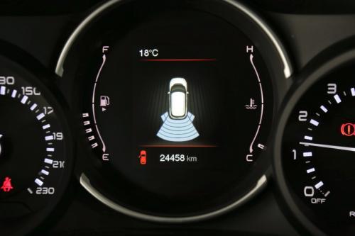 FIAT 500L 1.4i + GPS + CARPLAY + LED + PDC