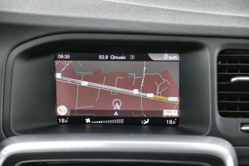 VOLVO V60 Kinetic 2.0D2 + GPS + LEDER + PDC